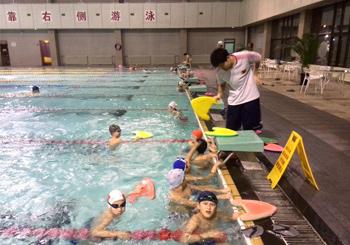 回龙观游泳长训班
