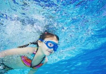 回龙观婴儿游泳培训班