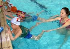 回龙观游泳学习班
