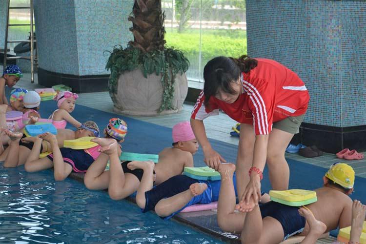 青少年游泳培训班 北京